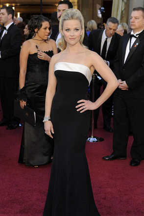 pr-reese-witherspoon-armani-ap