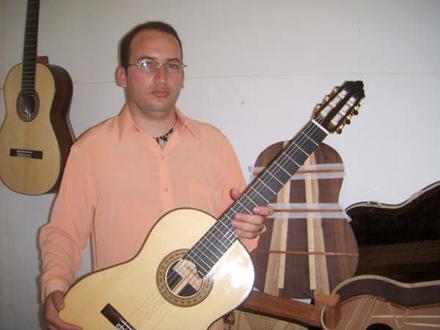 pr-lúcio-jacob-luthier