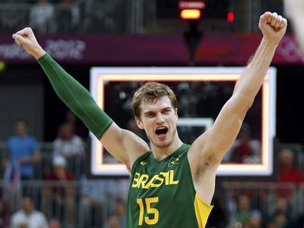 m-tiago-spilitter-basquete-brasil